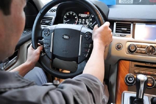 Kỹ thuật xử lý ô tô trong trường hợp khẩn cấp