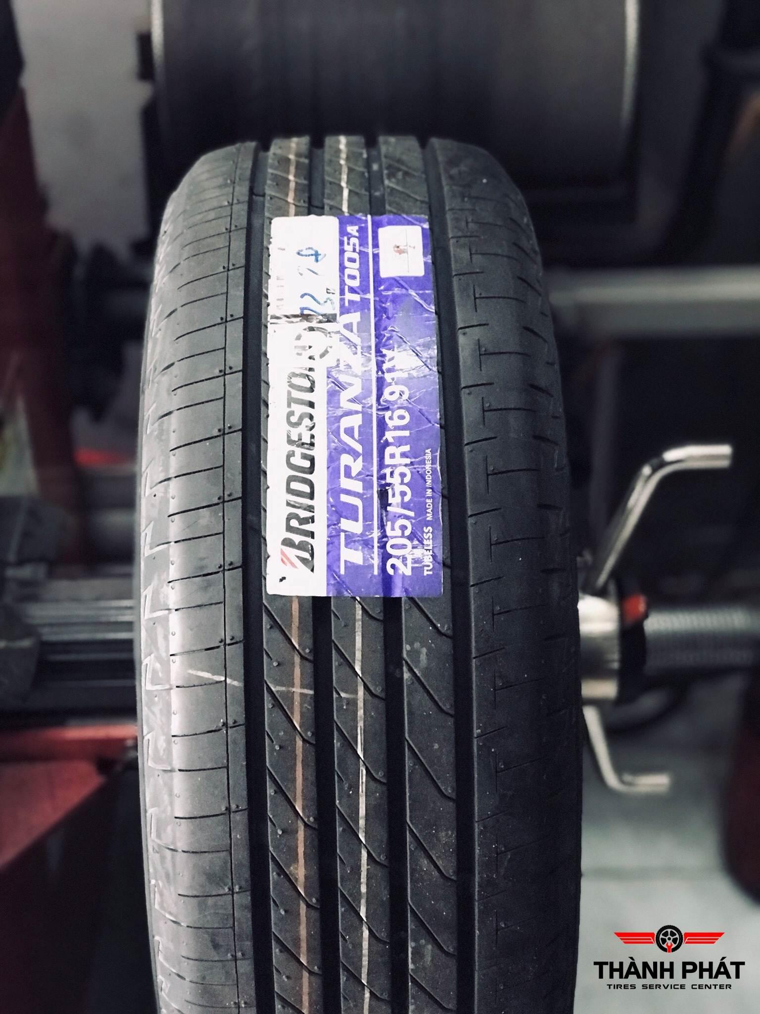 Vỏ xe Bridgestone Turanza T005 dành cho xe Altis