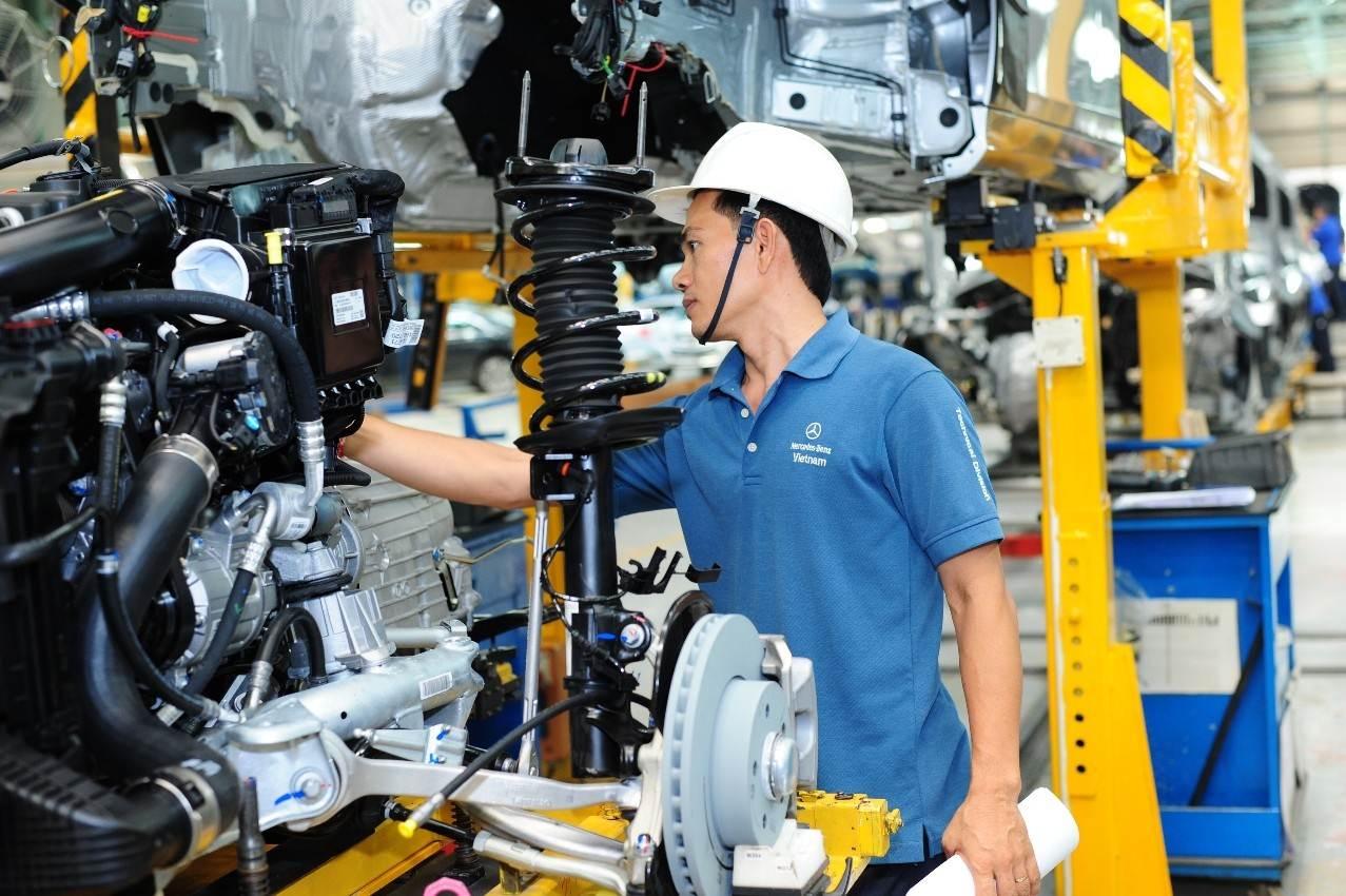 Công nghiệp ô tô vẫn chờ bứt phá
