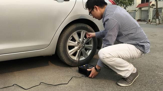 Đánh giá bơm điện Michelin sau 2 lần thủng lốp liên tiếp