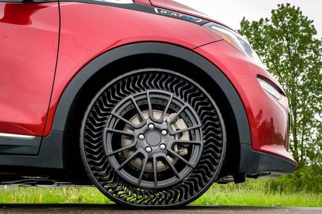 Lốp không cần bơm khí sẽ là tiêu chuẩn của ô tô trong tương lai