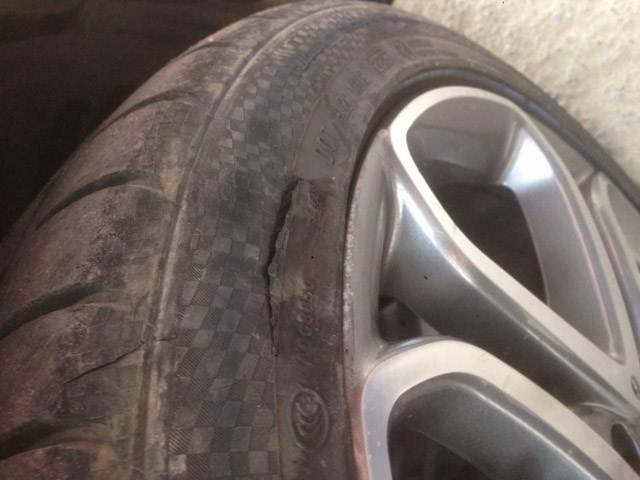 Những dấu hiệu nhận biết lốp xe của bạn cần phải thay mới