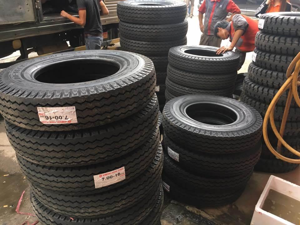 Phân phối lốp xe chen sin chính hãng